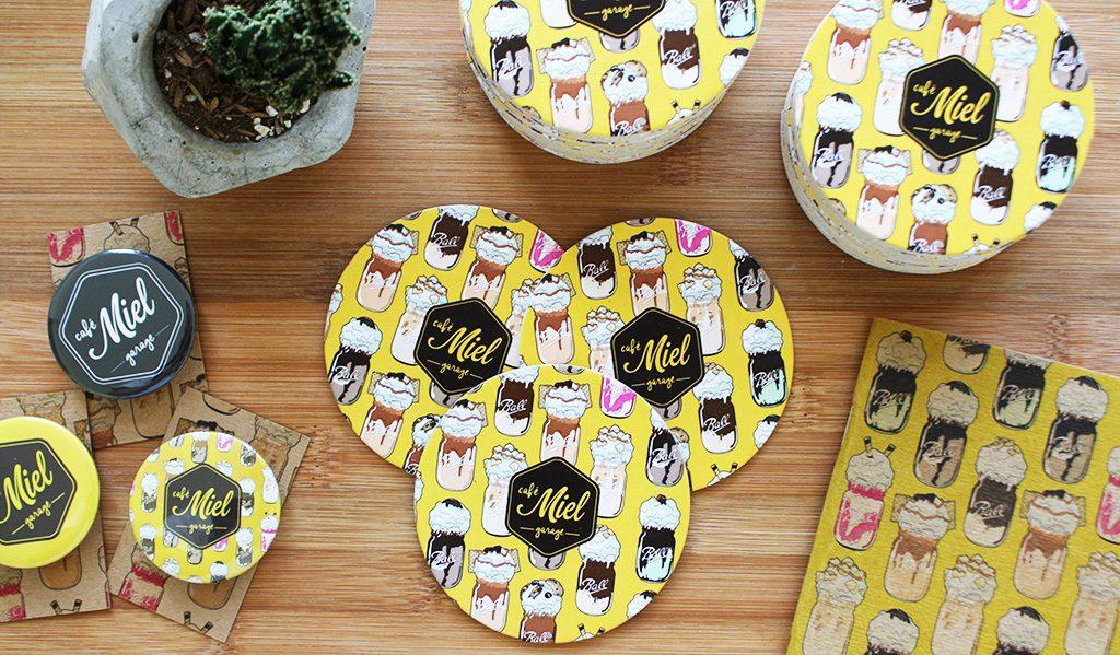 Posa Vasos para Café Miel - Hechos por PuercoSpin
