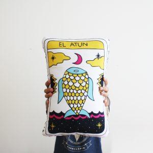 Cojín Carta del Tarot: Atún / Tunas Tarot's Card Cushion